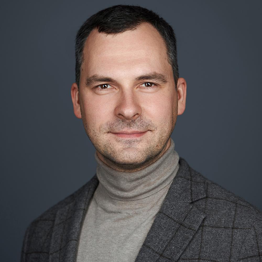 Валентин Микляев